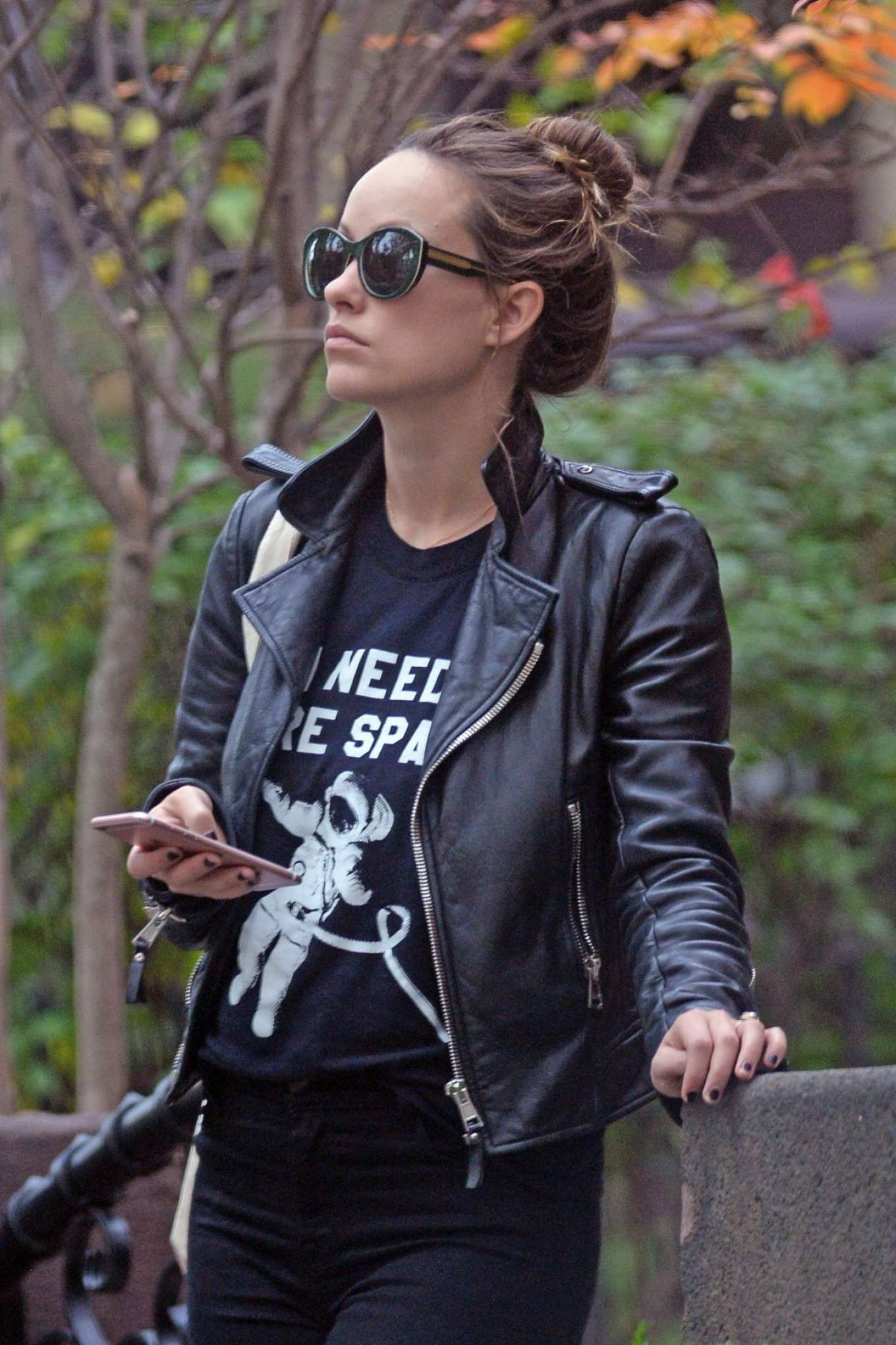 Olivia Wilde in Leather Jacket (2)