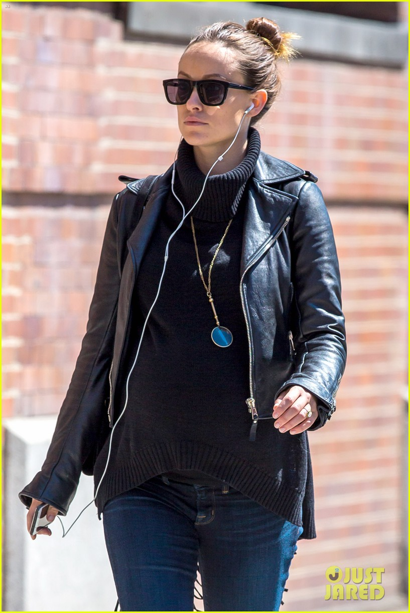 Olivia Wilde looks cool in the big city **USA, UK, Australia ONLY**