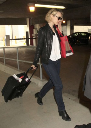 Rachel McAdams leather jacket (3)