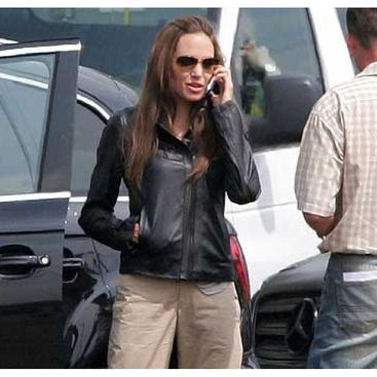 super-fox-wanted-angelina-jolie-leather-jacket2-750×750