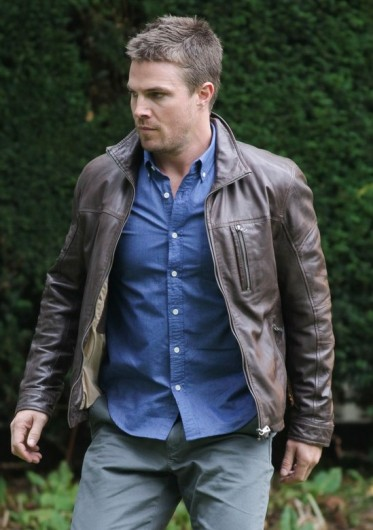stephen-amell-arrow-jacket__68992_std