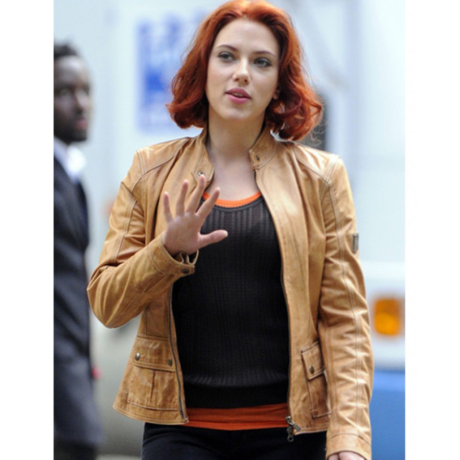 Scarlett johansson set on avenger