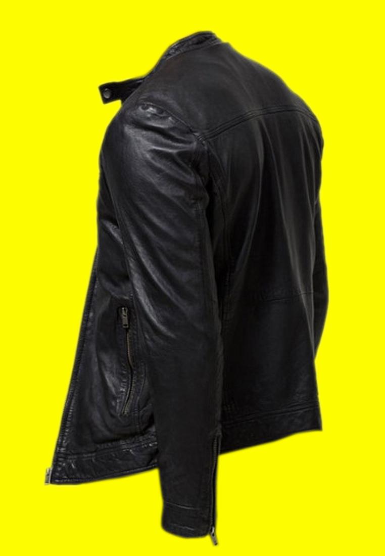 Black Leather Jacket (5)
