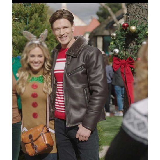A-Very-Charming-Christmas-Town-Sawyer-Larsen-Leather-Jacket-with-Shearlign-Collar-800×800 (1)
