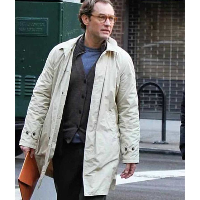 Ted-Davidoff-A-Rainy-Day-In-New-York-Jude-Law-Coat-800×800